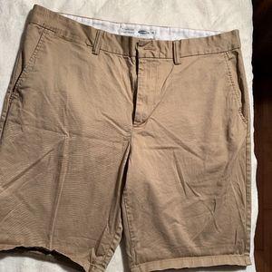 khaki straight leg shorts